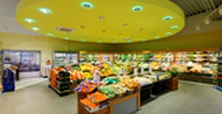 Photo: sky supermarket, Kiel-Dietrichsdorf - LEDs set the scene in the fresh...