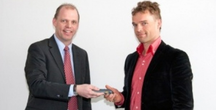 Photo: Hoeft & Wessel delivers first e-Ticket reader to Danish State Railway...