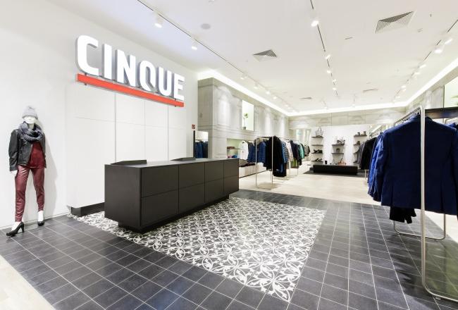 neuer cinque store im centro oberhausen ixtenso magazin f r den einzelhandel. Black Bedroom Furniture Sets. Home Design Ideas
