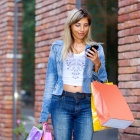 Thumbnail-Photo: Slow retail apps and websites cause one in three to shop elsewhere...