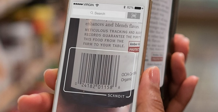 Photo: Barcode scanning in mobile shopping apps skyrockets on Black Friday...