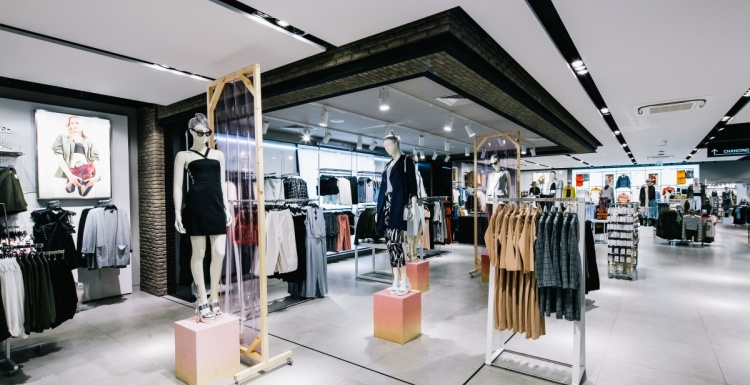 Photo: British fashion chain Topshop opens flagship in Amsterdam...