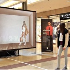 Thumbnail-Photo: Using store windows effectively as customer magnets...