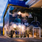 Thumbnail-Photo: What shop design can look like: The Chelsea FC Megastore...