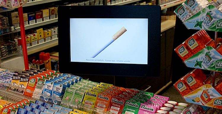 Photo: screenFOODnet present digital signage for retail...