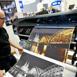Thumbnail-Photo: viscom: The world of digital printing is coming to Frankfurt...