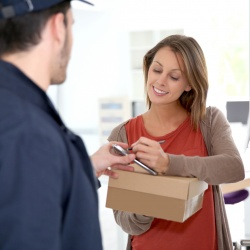 Thumbnail-Photo: Logistics conquers the private sphere and entices with new delivery...