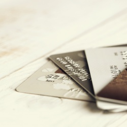 Thumbnail-Photo: New data reveals consumer concerns about credit card fraud...