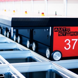 Thumbnail: Photo: Robots and automated processes are the future of warehouse logistics...