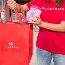 Thumbnail-Photo: Baskin-Robbins launches ice cream delivery with DoorDash...