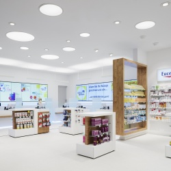 Thumbnail-Photo: Digital signage in pharmacies: better consulting with new technologies...
