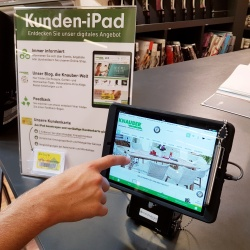 Thumbnail: Photo: Knauber Freizeitmärkte emphasize digital signage for improved quality...