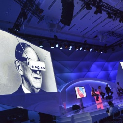 Thumbnail: Foto: Neue Marketing-Perspektiven in der dmexco World of Experience...