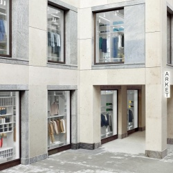 Thumbnail-Photo: Arket opens its first store in Germany