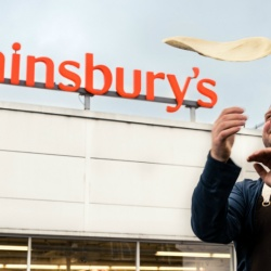 Thumbnail-Photo: Sainsbury's launches its first in-store Zizzi pizza counter...