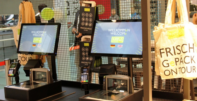 Foto: Self-Checkout-Terminals im Convenience Store Kampus by Kamps; copyright:...