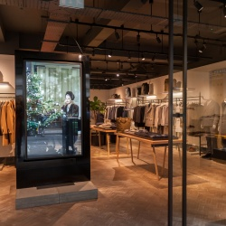 Thumbnail: Photo: Elo helps Hardy Amies deliver a tailor-made digital experience...