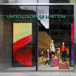 Thumbnail-Foto: Neues Flagschiff von United Colors of Benetton in London...