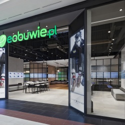 Thumbnail: Photo: eobuwie.pl brings digital fluidity to physical retail...