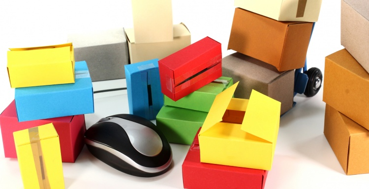 Colourful cartons and computer mouse; copyright: panthermedia.net / Marén...