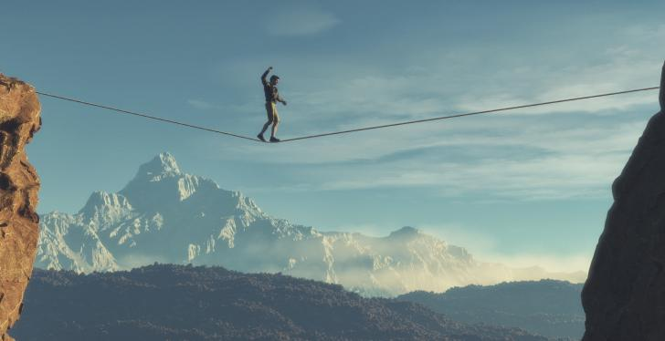 Man on rope; Copyright: Fotolia
