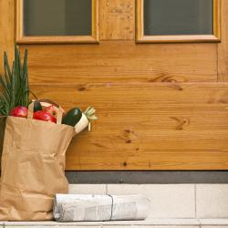 Thumbnail-Photo: Getting a taste for grocery deliveries