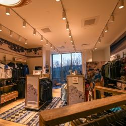 Thumbnail-Photo: SWIX concept retail store in historic Lake Placid...
