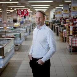 Thumbnail-Photo: Danish supermarket chain implements ESL in all stores...