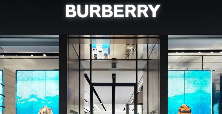 Front and entry of a Burberry fashion store