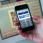 Thumbnail-Photo: Cell phone and credit card in place of coins and bills...