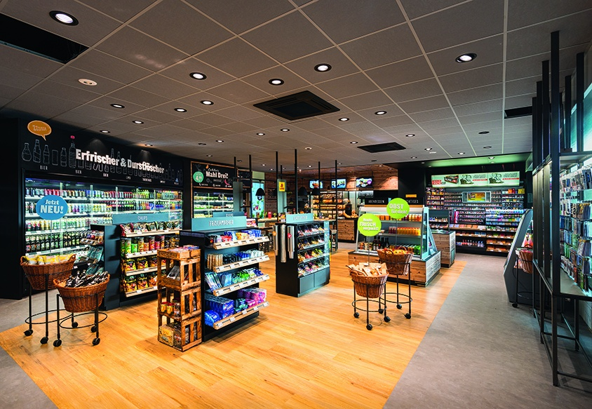 Hamburg: The new shop concept offers significantly more fresh products....