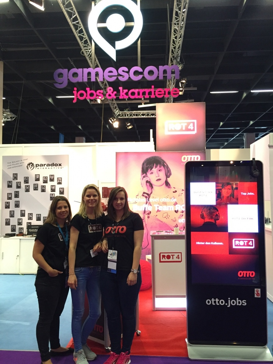 OTTO's human resource marketing team at gamescom....