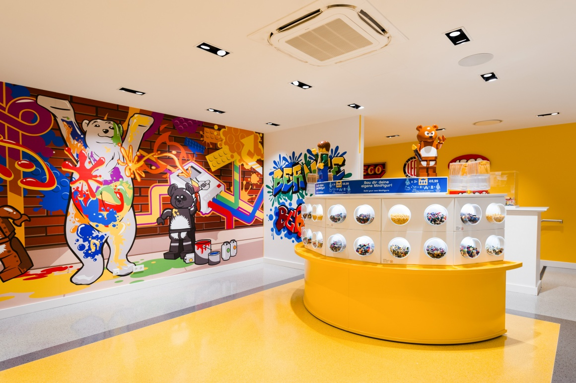 What shop design can look like: the Lego flagship store in