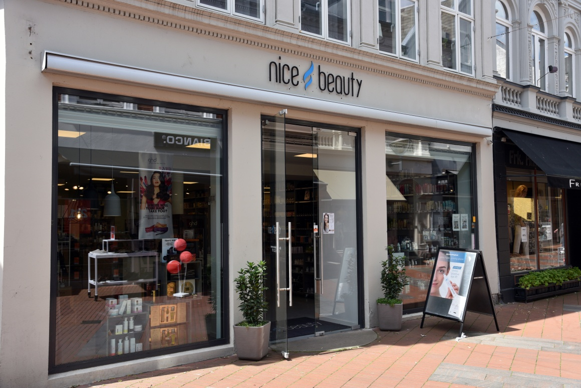 NiceBeauty Store front