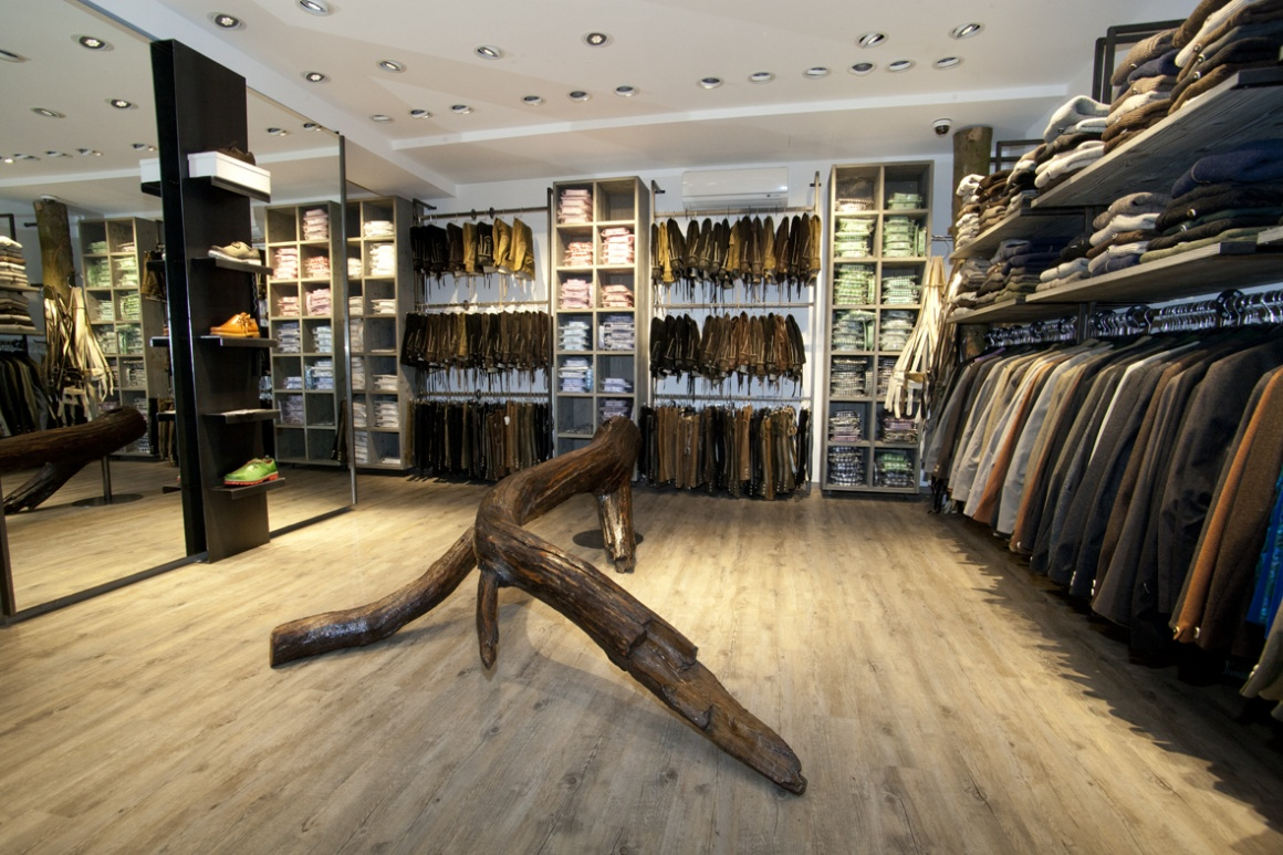 Photo: What shop design can look like: Angermaier Trachten in Munich...