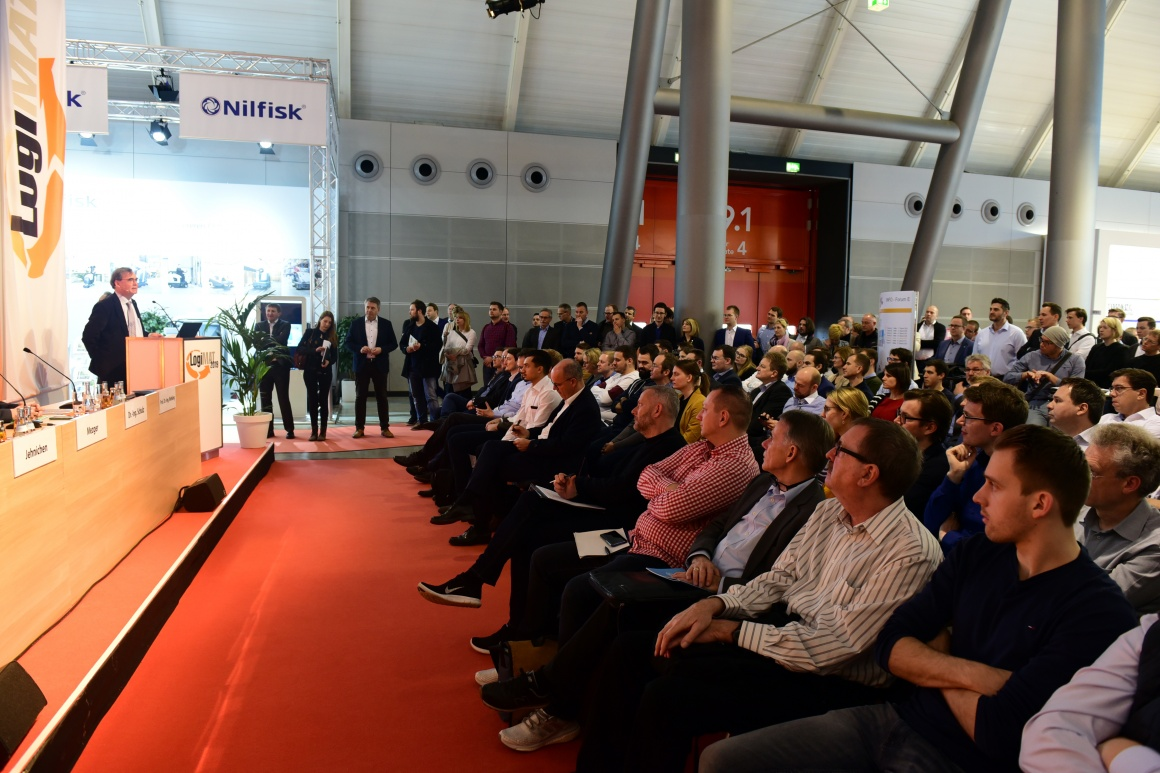 Audience at an event at LogiMAT